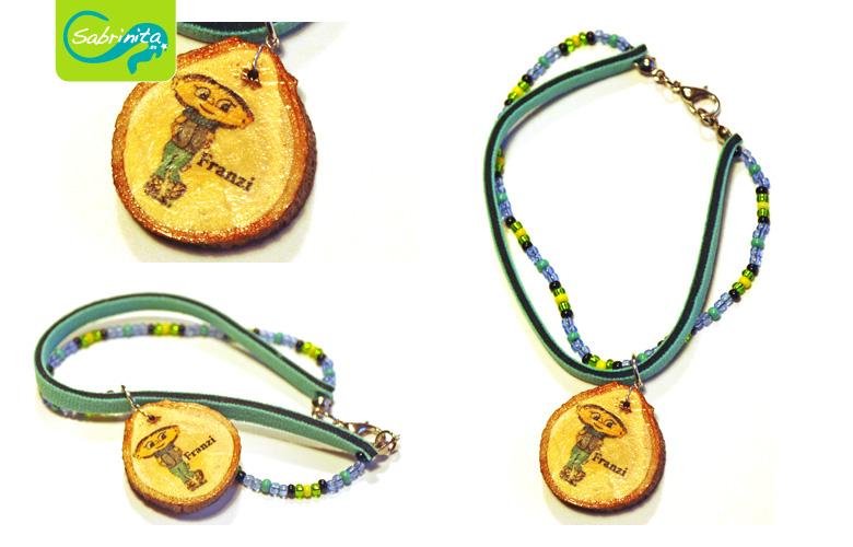 Holzscheibenarmband mit Neopren- und Perlenband Mint – Motiv Franzi