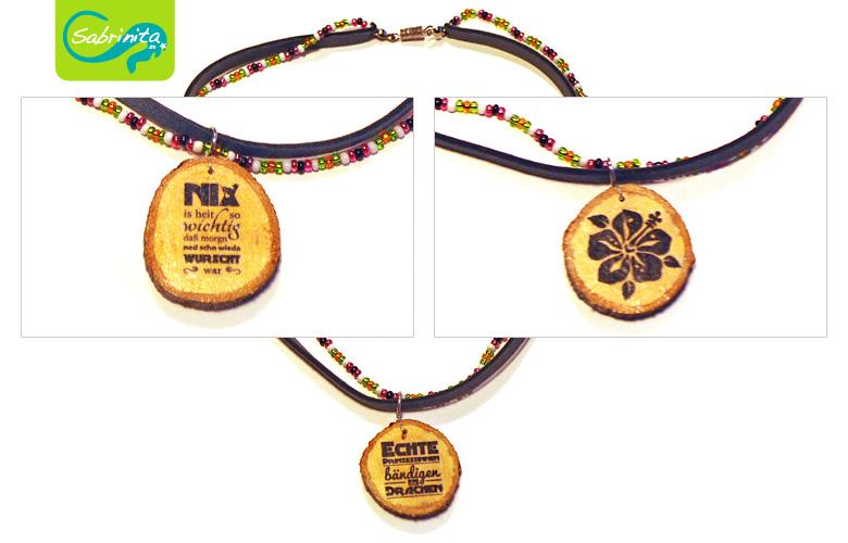 Holzscheibenkette mit Neopren- und Perlenband Grau – Motive Nix is wichtig, Echte Prinzessinnen, Hibiskus