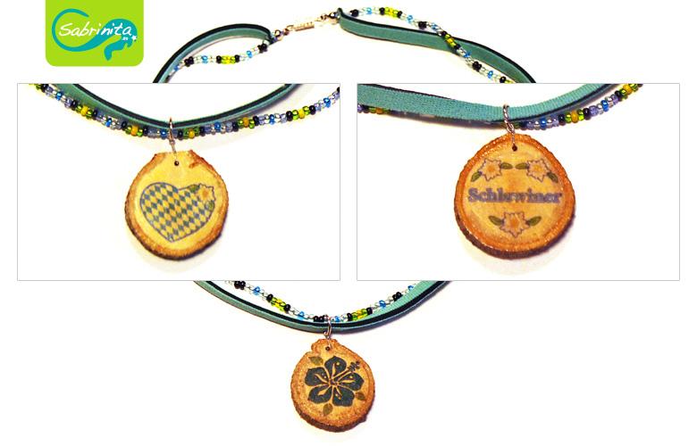 Holzscheibenkette mit Neopren- und Perlenband mint – Motive Bayernherz, Hibiskus, Schlawina