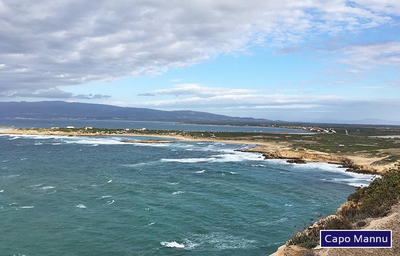 Blick auf den Spiaggia di sa Mesa Longa beim Capo Mannu