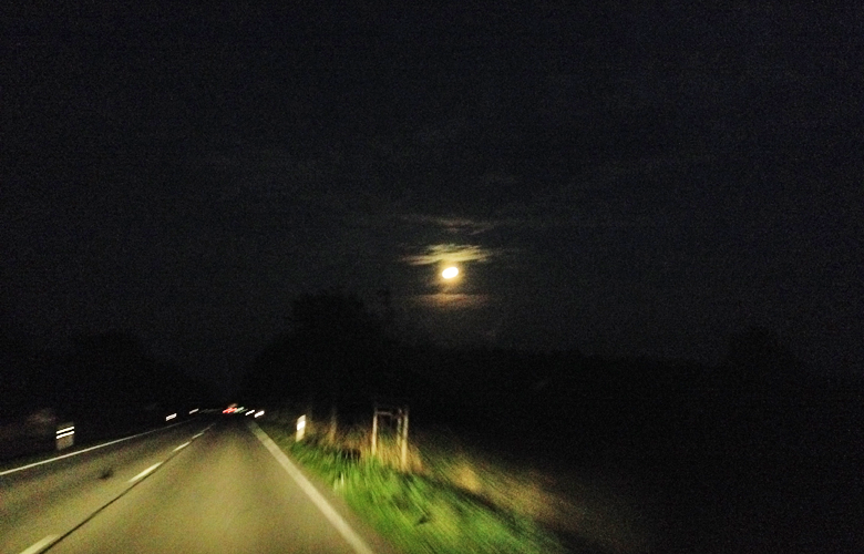 Durch die Nacht nach Hause