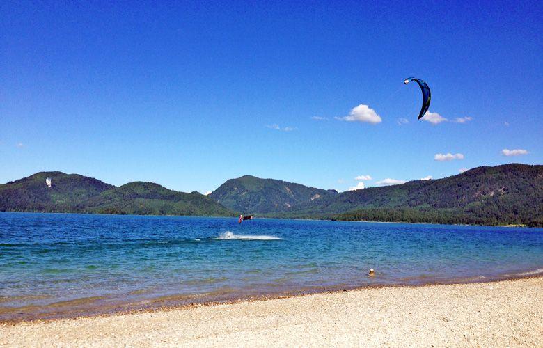 Gaudi beim Springen und Kiten am Walchensee, mit dem 15er Edge
