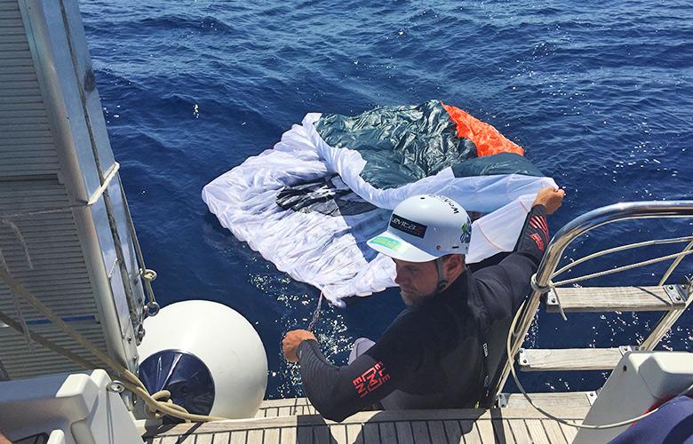 Foilkite starten vom Segelboot in Kroatien