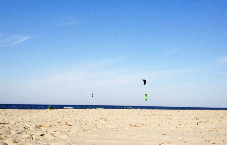 Kiten in La Caletta bei Leichtwind