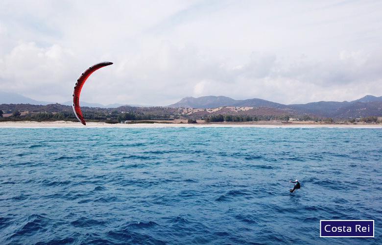 Kitespot Costa Rei am Spiaggia di Piscina Rei auf Sardinien