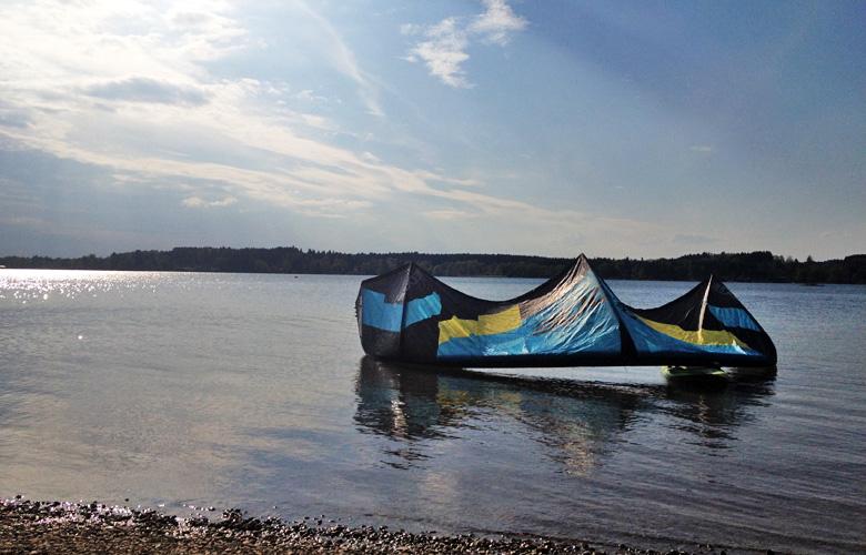 Los gehts am Simssee zur Leichtwindsession mit 15er Edge und Raceboard