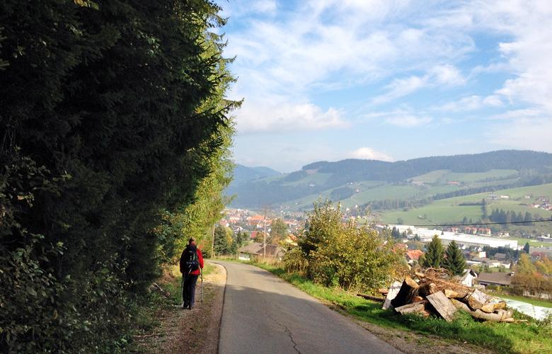 Obdach in sicht – Abstieg Obdach Finale Panoramaweg Südalpen