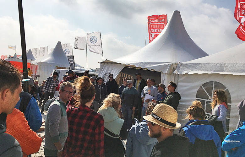 Skippersmeeting b ei den Kitesurf Masters St Peter Ording 2017