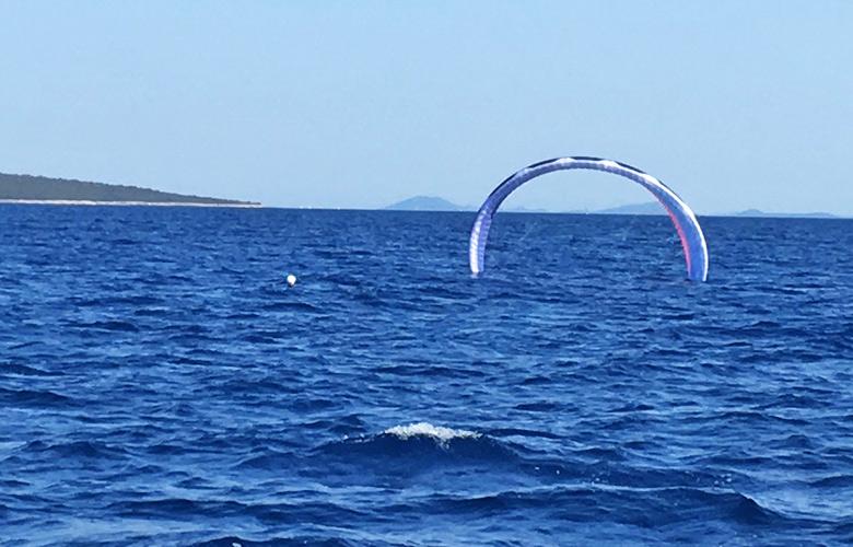 Sonic Pro starten am offenen Meer in Kroatien, das Wasser läuft erst raus