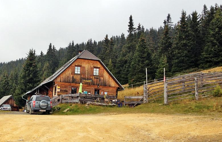 Die St. Martiner Hütte – Etappe 16 Panoramaweg Südalpen