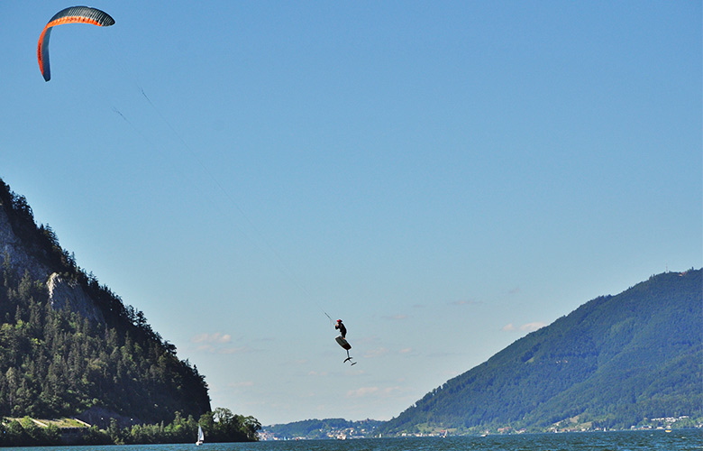 Super Kitefoiling Tag am Traunsee in Österreich