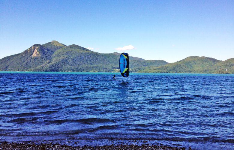 Tief im Schatten Kiten am Walchensee