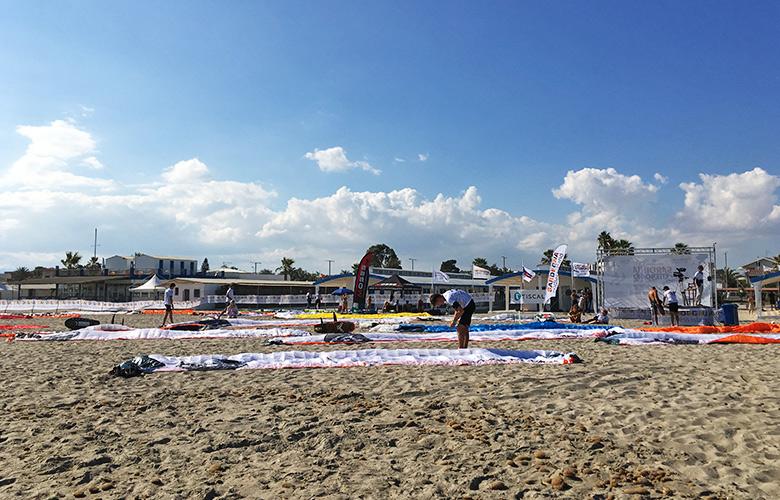 Vorbereitung zum ersten Kitefoilrace – Sardinia Kiteboard Grand Slam, Cagliari