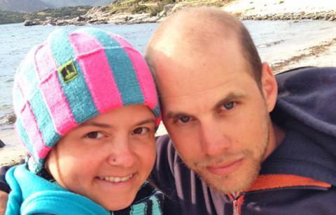 Hannes und ich am Strand von Campulongu
