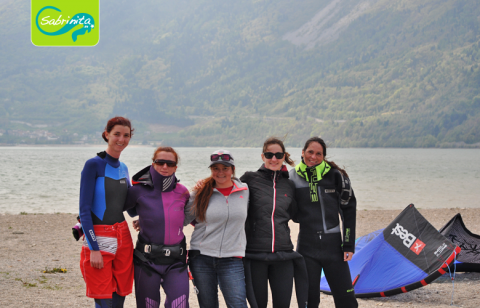 Die Kitegirls vom Lago di Santa Croce im April 2016